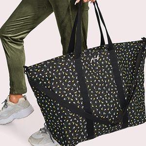 🆕 VS PINK Floral Weekender Duffel Tote Bag